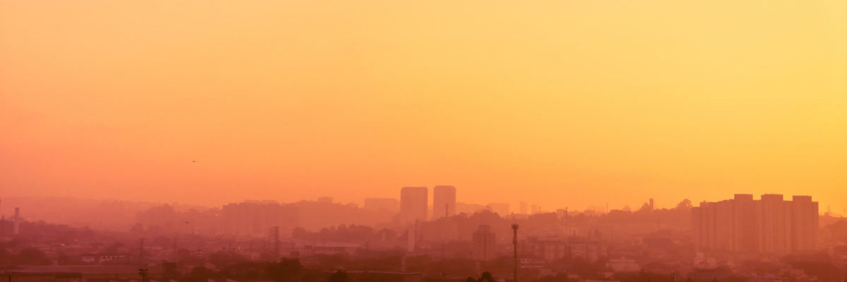 Heat haze ove Brazilian city Photo by Ichio on Unsplash
